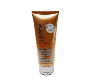 Снимка от Слънцезащитен балсам за тяло с противостареещо действие SPF25 - Lirene